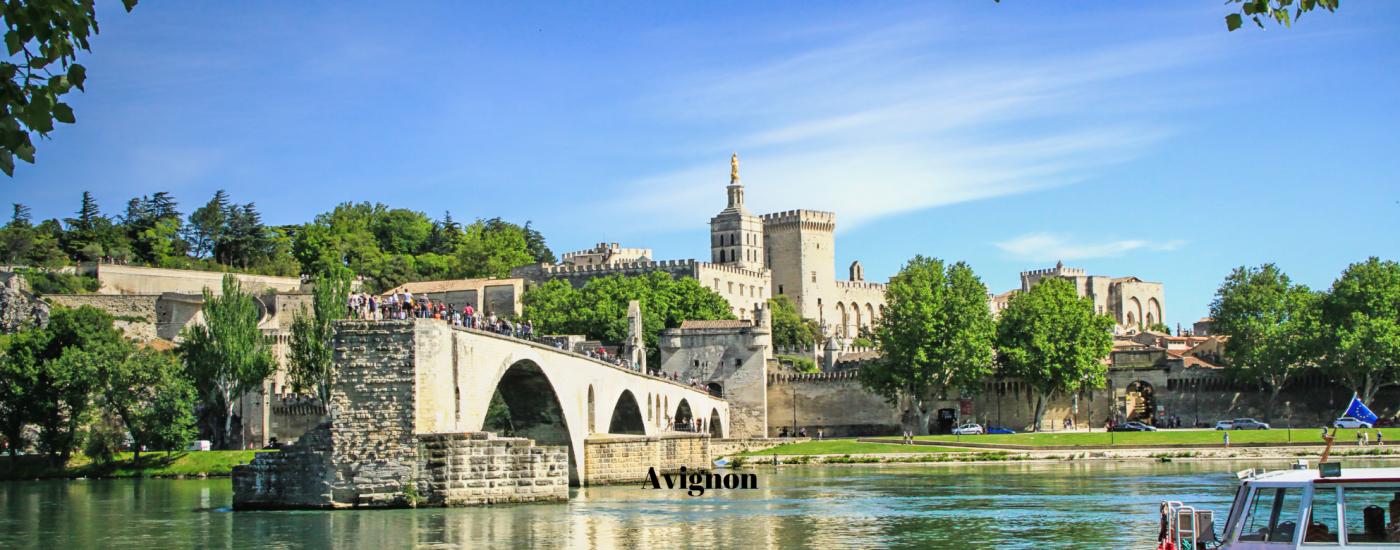 Blog excursion around Montpellier Avignon Pont d'Avignon